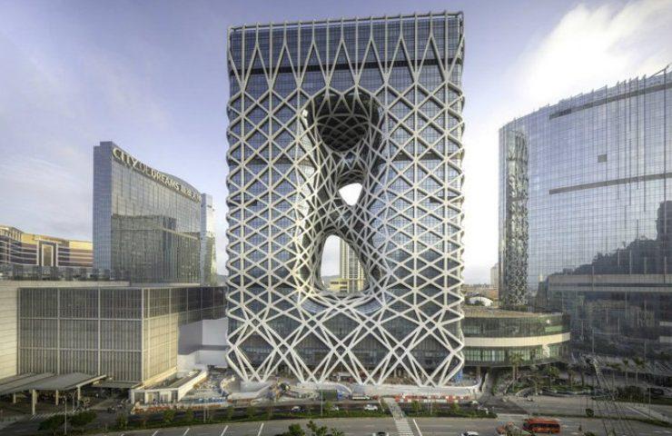 The Astonishing New Project of Zaha Hadid Architects in Macau Zaha Hadid Architects The Astonishing New Project of Zaha Hadid Architects in Macau Be Mesmerized by Zaha Hadid Architects Morpheus Hotel in Macau 1 740x480
