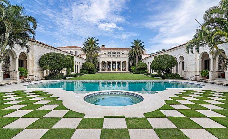 high-decor Get Some High-Decor Inspiration From This Palm Beach Mansion Get Some High Decor Inspiration From This Palm Beach Mansion 1 740x450