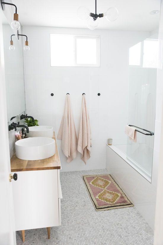 Minimalist Bathroom Ideas For 2020 minimalist bathroom ideas Minimalist Bathroom Ideas For 2020 82fa2a6a5a853e6fa03c65287ee355e3