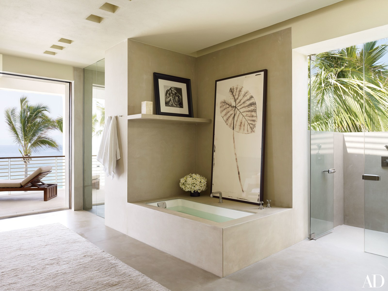 Celebrity Bathrooms You Need To See2 celebrity bathrooms 5 Celebrity Bathrooms You Need To See Celebrity Bathrooms You Need To See2