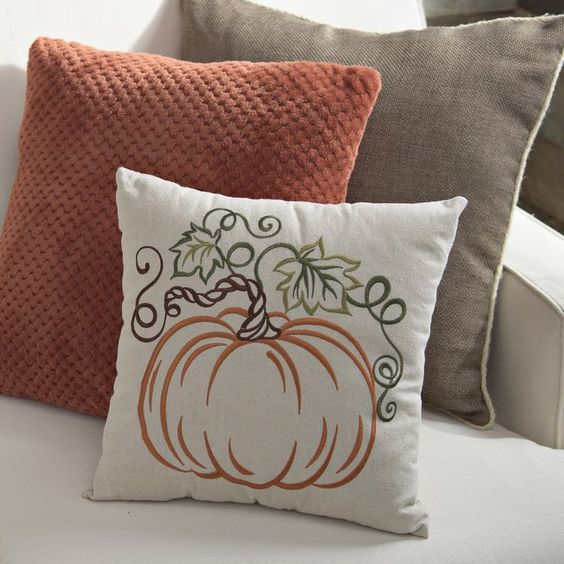 Fall Bedroom Decorations For A Cozy Room