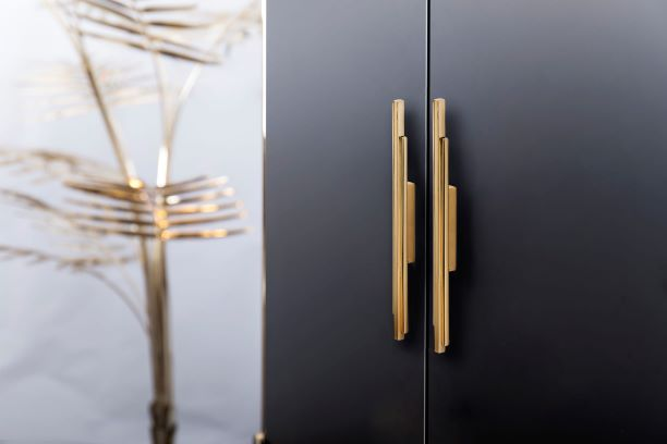 Luxury Hardware In Review: PullCast's Top Products of 2019 luxury hardware Luxury Hardware In Review: PullCast's Top Products of 2019 Skyline Door Pull 1