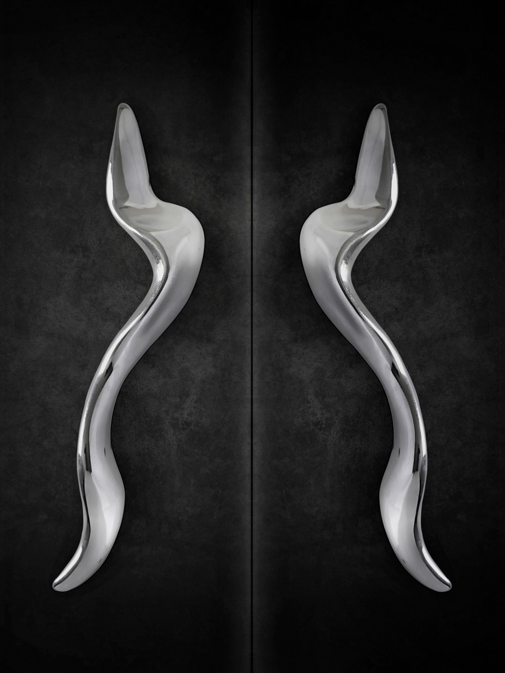 5 Oversized Door Pulls with a Distinctive Aesthetic 5 oversized door pulls 5 Oversized Door Pulls with a Distinctive Aesthetic 5 Oversized Door Pulls with a Distinctive Aesthetic 5