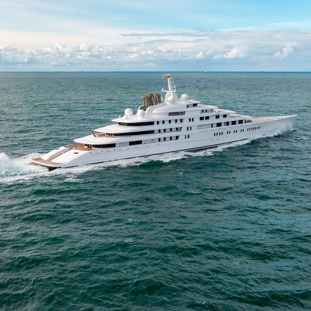 Luxury Yachts The World's Largest Vessels that Shocked the Industry 6 luxury yachts Luxury Yachts: The World's Largest Vessels that Shocked the Industry Luxury Yachts The Worlds Largest Vessels that Shocked the Industry 6