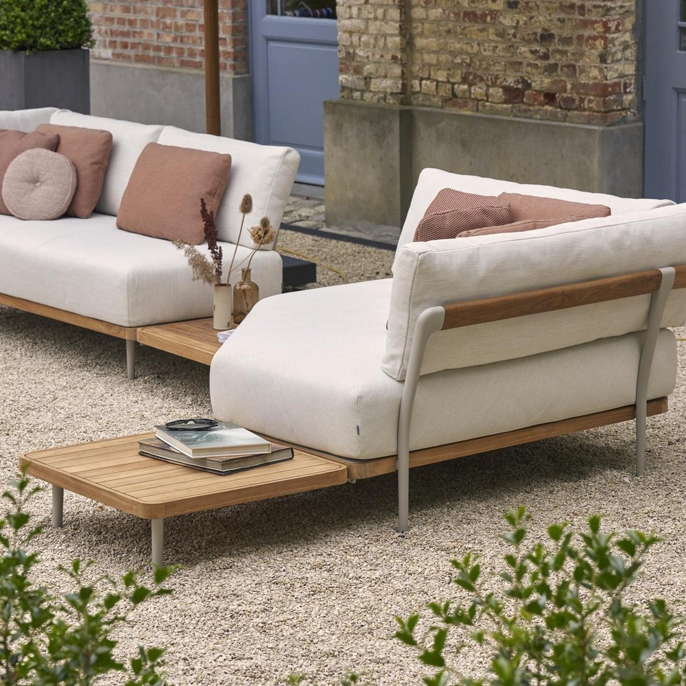 outdoor living Outdoor Living: Latest Furniture Collections for Your Consideration Outdoor Living Latest Furniture Collections for Your Consideration 3