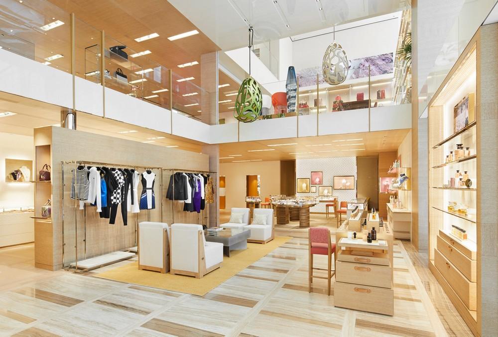 louis vuitton Virtually Step Inside Louis Vuitton's New Osaka Midosuji Boutique Virtually Step Inside Louis Vuittons New Osaka Midosuji Boutique 5