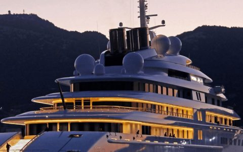 luxury yachts Luxury Yachts: The World's Largest Vessels that Shocked the Industry featured 10 480x300