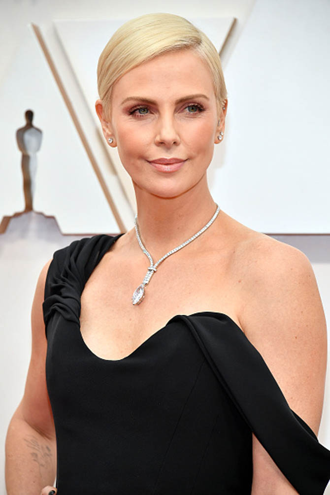The 2020 Oscars Jewelry Moments the 2020 oscars The 2020 Oscars Jewelry Moments gettyimages 1205142587 594x594