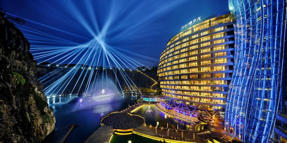 Best Underwater Hotels Revel In the Ultimate Hospitality Experience (2)