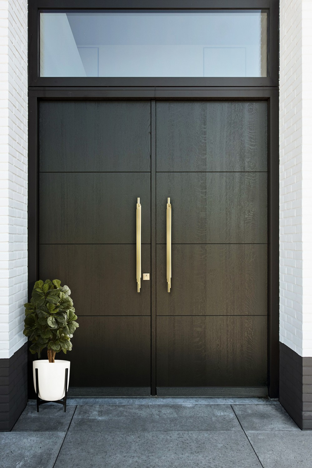 Decorative Hardware Front Door Inspirations for a Modern Look_3 decorative hardware Decorative Hardware: Front Door Inspirations for a Modern Look Decorative Hardware Front Door Inspirations for a Modern Look 3