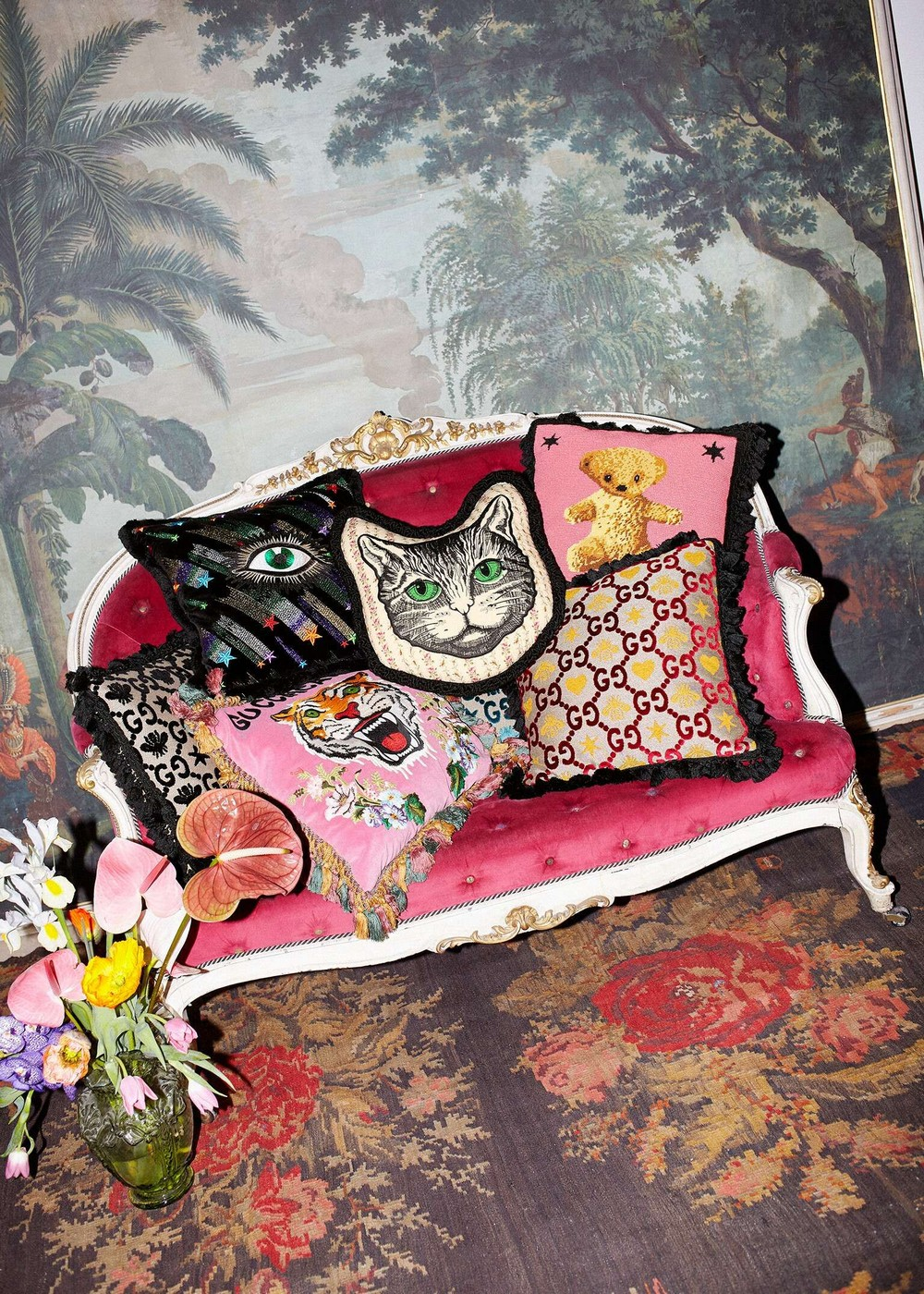 Gucci Decor An Exquisite Collection of Home Accessories & Furnishings 1 gucci decor Gucci Decor: An Exquisite Collection of Home Accessories & Furnishings Gucci Decor An Exquisite Collection of Home Accessories Furnishings 1
