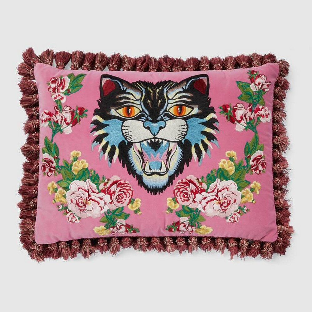 Gucci Decor An Exquisite Collection of Home Accessories & Furnishings 2 gucci decor Gucci Decor: An Exquisite Collection of Home Accessories & Furnishings Gucci Decor An Exquisite Collection of Home Accessories Furnishings 2