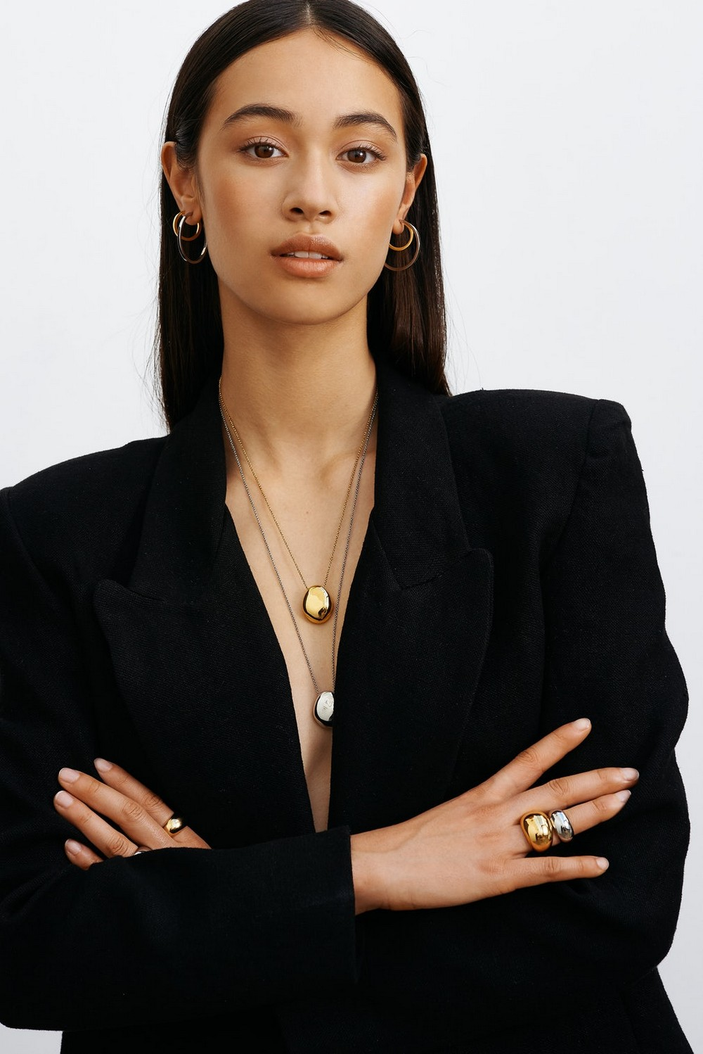 5 Remarkable Jewelry Brands that Stand for Sustainable Design 2 jewelry brands 5 Remarkable Jewelry Brands that Stand for Sustainable Design 5 Remarkable Jewelry Brands that Stand for Sustainable Design 2