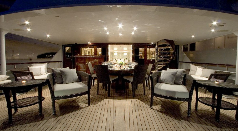 7 Luxury Yacht Interiors Designed by World-Renowned Interior Designers 3 luxury yacht interiors 7 Luxury Yacht Interiors Designed by World-Renowned Interior Designers 7 Luxury Yacht Interiors Designed by World Renowned Interior Designers 3