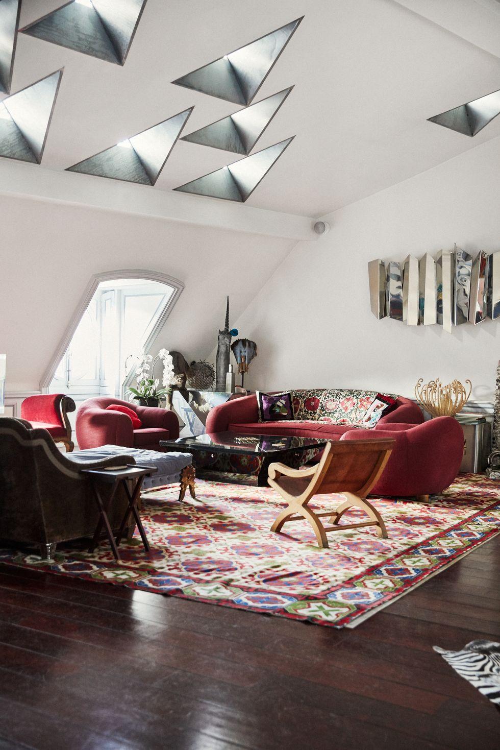 Celebrity Lifestyle Step Inside Christian Louboutin's Parisian Home (2)