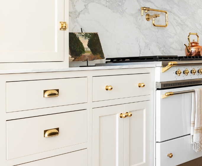 cabinet hardware Cabinet Hardware: How to Place Your Handles According to Studio McGee featured 2