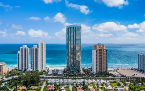 luxury residences Luxury Residences: The Grandiose Armani/Casa Tower in Florida featured 9 480x300