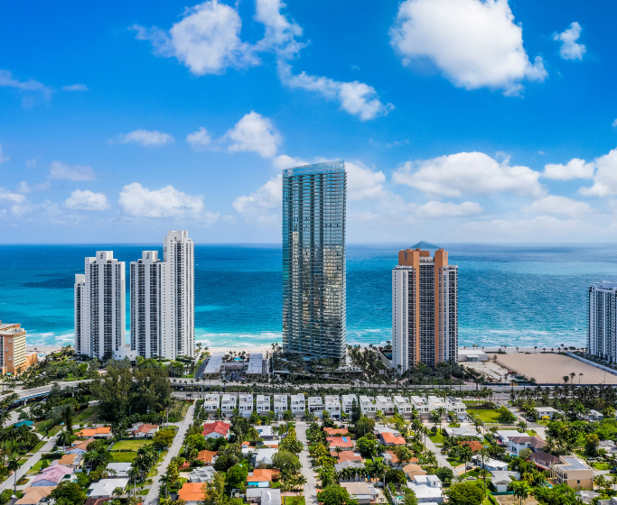 luxury residences Luxury Residences: The Grandiose Armani/Casa Tower in Florida featured 9