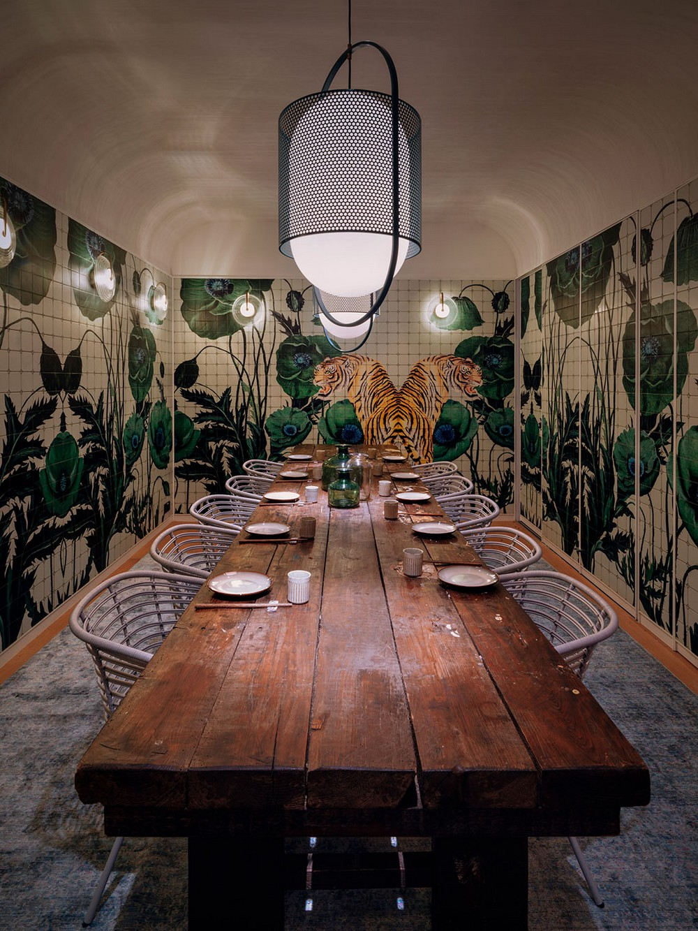 The Most Intriguing Designs Found in World-Renowned Luxury Restaurants 7 luxury restaurants The Most Intriguing Designs Found in World-Renowned Luxury Restaurants The Most Intriguing Designs Found in World Renowned Luxury Restaurants 7