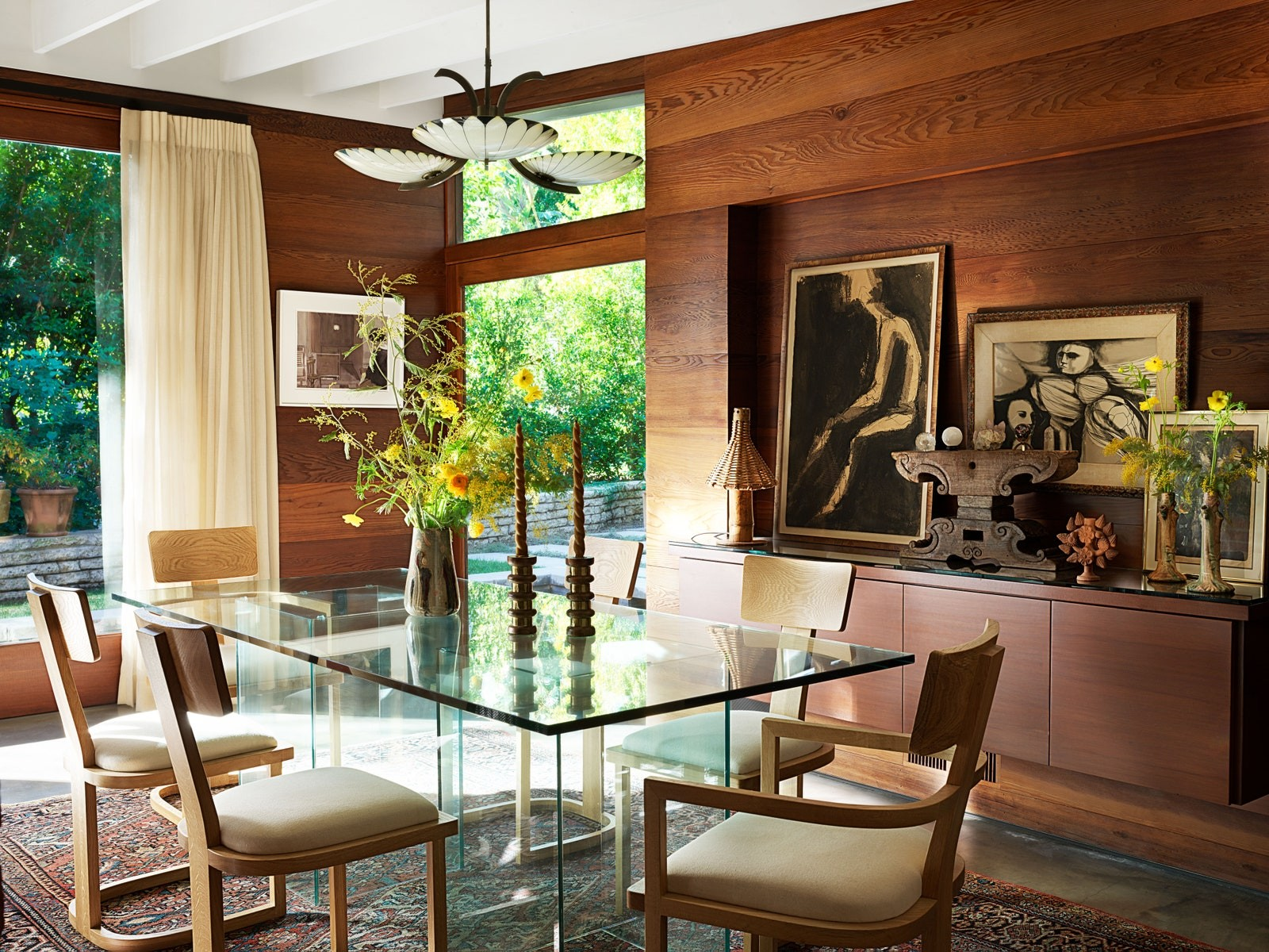 5 Outstandingly Designed Celebrity Homes to Take Inspiration From 4