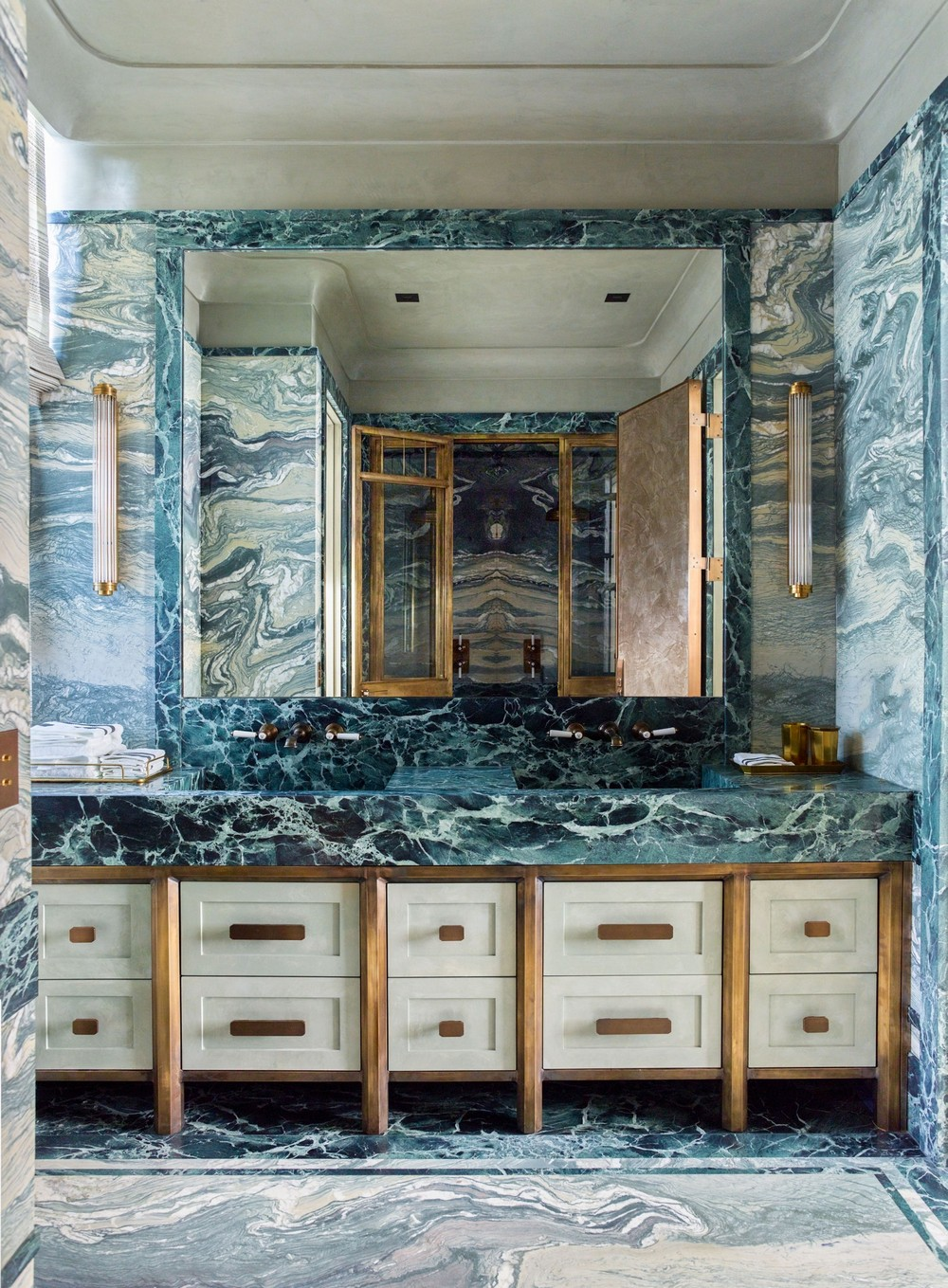 Marble Used as Decor Weapon of Choice by Top Interior Designers 4