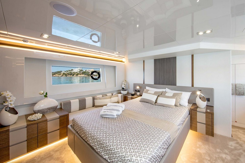 Recollect 4 Striking Luxury Yachts Interiors Decorated by Kelly Hoppen 3 luxury yacht interiors Recollect 4 Striking Luxury Yacht Interiors Decorated by Kelly Hoppen Recollect 4 Striking Luxury Yachts Interiors Decorated by Kelly Hoppen 3