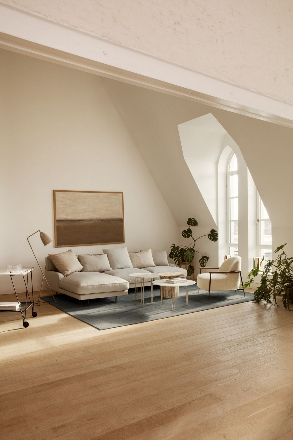 Color Trends Beige Chosen as the Ultimate Neutral Tone for 2021 3 color trends Color Trends: Beige Chosen as the Ultimate Neutral Tone for 2021 Color Trends Beige Chosen as the Ultimate Neutral Tone for 2021 3