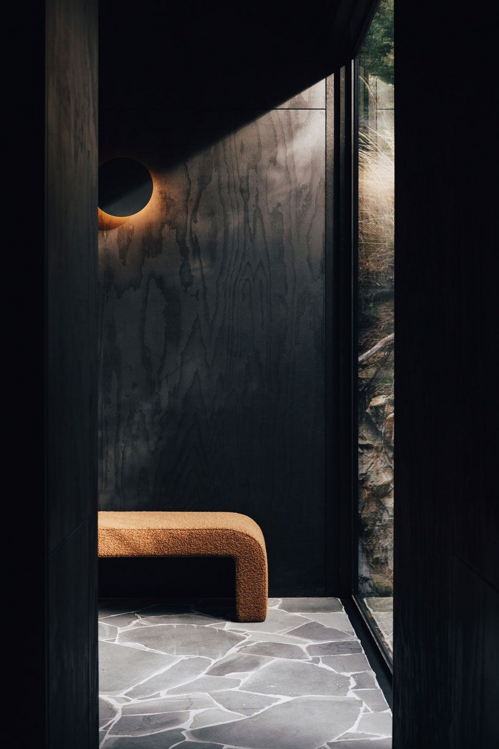 Contemplate a Series of Entryway Decor Ideas for a Bold Aesthetic 4 entryway decor Contemplate a Series of Entryway Decor Ideas for a Bold Aesthetic Contemplate a Series of Entryway Decor Ideas for a Bold Aesthetic 4