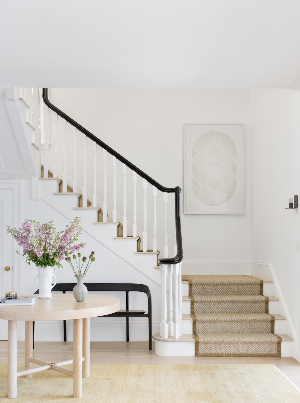 Contemplate a Series of Entryway Decor Ideas for a Bold Aesthetic 7 entryway decor Contemplate a Series of Entryway Decor Ideas for a Bold Aesthetic Contemplate a Series of Entryway Decor Ideas for a Bold Aesthetic 7