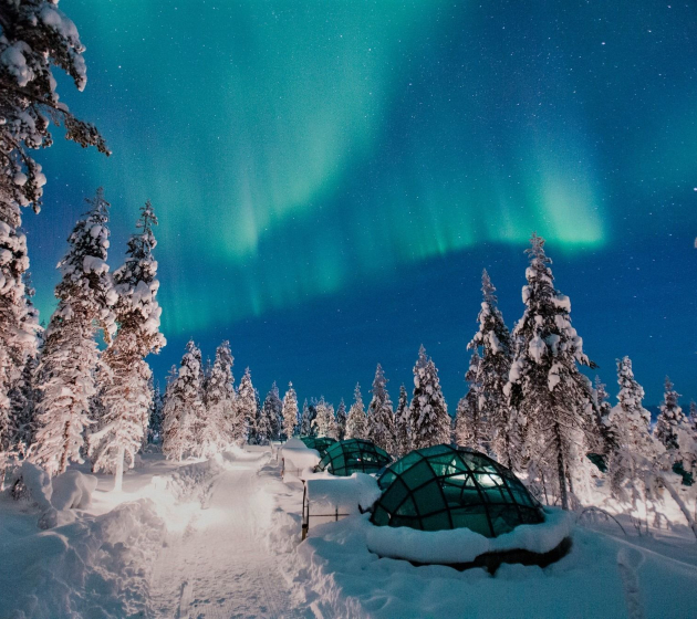 luxury hotels Discover Five of the World's Most Peculiar Luxury Hotels Courtesy of Kakslauttanen Arctic Resort featured