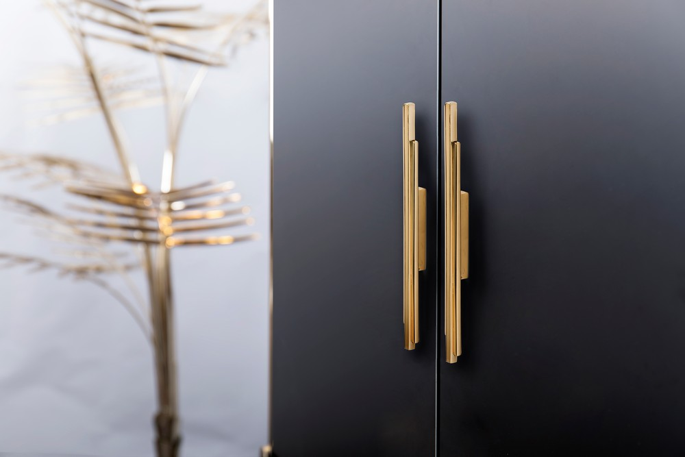 Skyline Hardware Family An Architectural Solution for Home Interiors 2 hardware family Skyline Hardware Family: An Architectural Solution for Home Interiors Skyline Hardware Family An Architectural Solution for Home Interiors 2