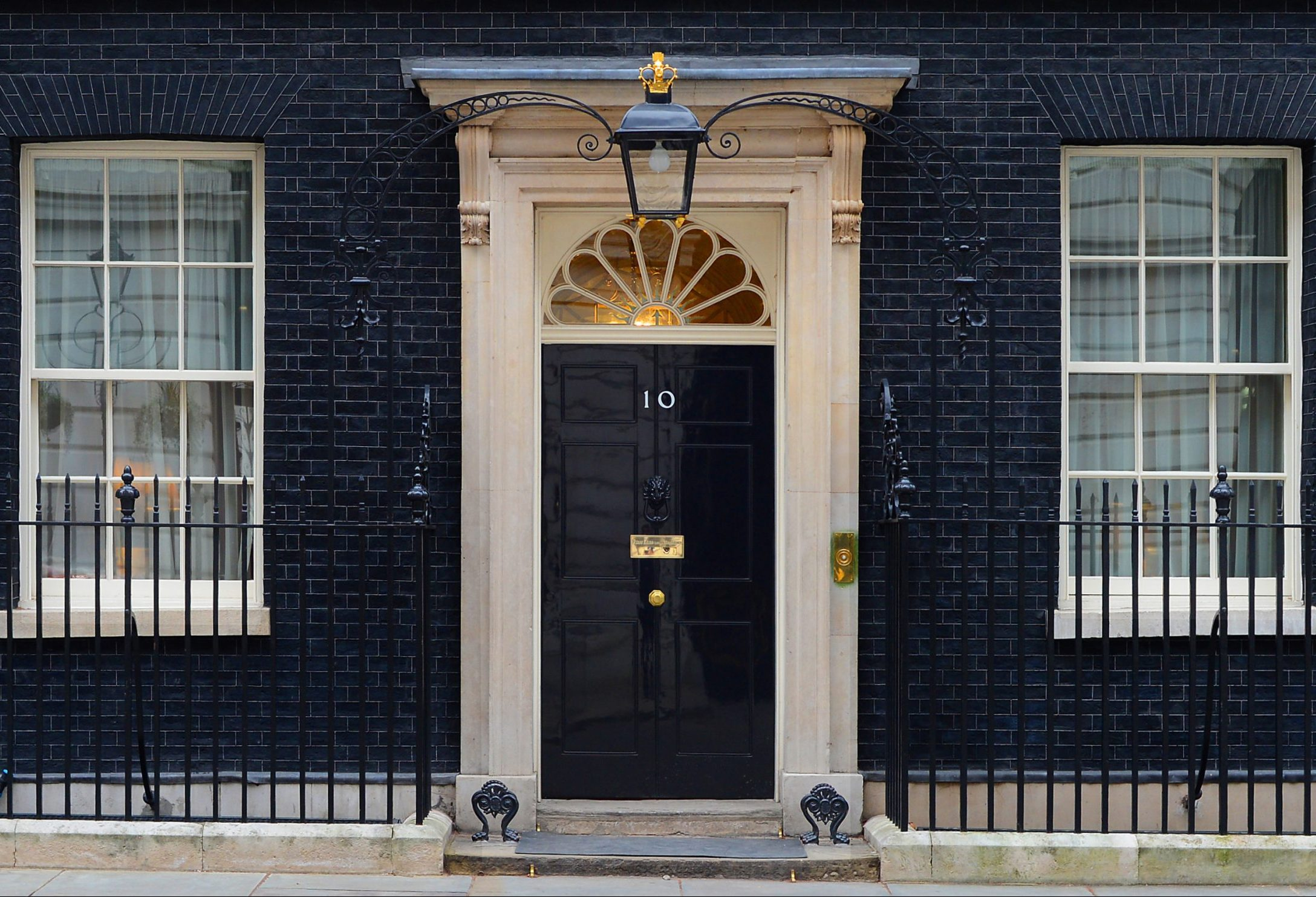 Hardware Pieces Inspired By The Most Famous Doors hardware pieces inspired by the most famous doors Hardware Pieces Inspired By The Most Famous Doors In The World 10 Downing Street