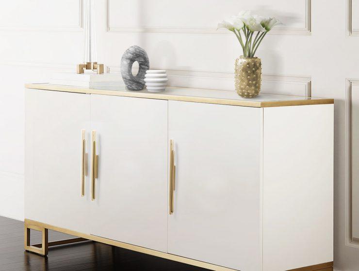 Decorative Hardware To Impress. Skyline Pulls by PullCast decorative hardware DECORATIVE HARDWARE TO IMPRESS Skylinecm3001 sideboard 740x560